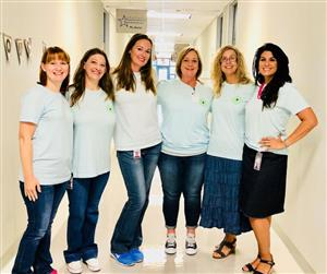 Silvercrest 4th grade team in hallway